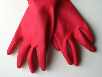 One_Extra_Gloves