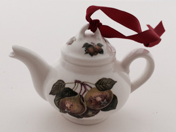 Kitchen_Tree_Pear_Teapot