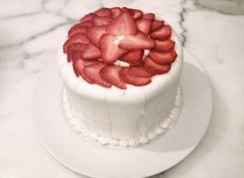 Surprise_cake_2